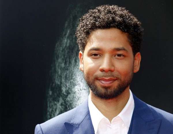Jussie Smollet lied about being attacked by a gang of angry Trump supporters. But new evidence suggest that the Chicago police have been lying too - and that Jussie may beat his charges!!  Jussie was been charged with 16 separate felonies, for allegedly lying to police.  For nearly two months, the Chicago Police have stated that Jussie paid two Chicago brothers to stage the attack. The police claim that Jussie used a $3,500 check as payment for the hoax hate crime.