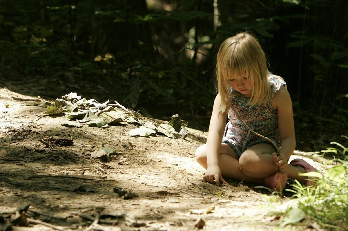 10 Tips to Raise Your Introvert Child