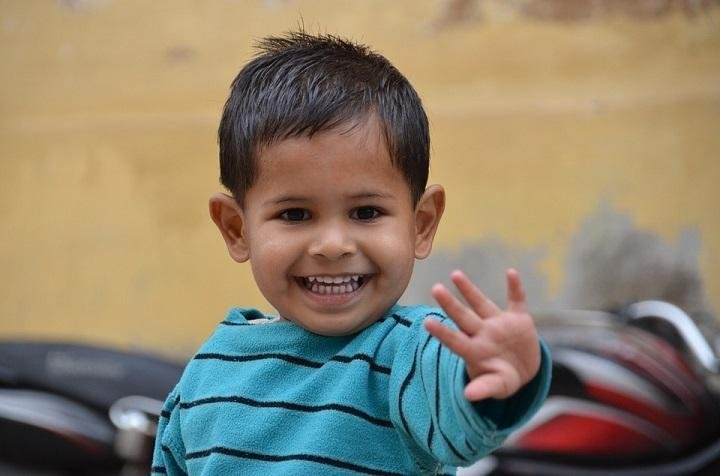 7 Ways to Raise a Happy Child