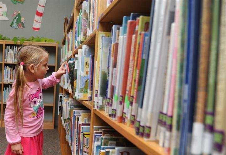 How to Raise a Bookworm