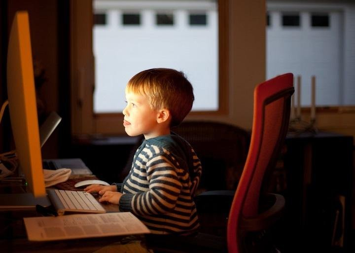 How to Protect Your Child From Cybercrimes