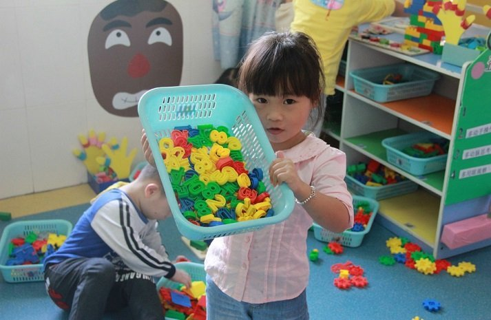 How to Avoid Gender Stereotyping in Children's Toys