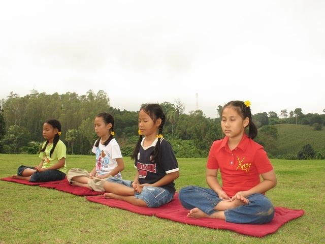 Why Your Child Should Meditate