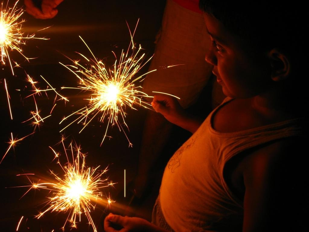 ParentCircle Exclusive: Videos On Fire Cracker Safety