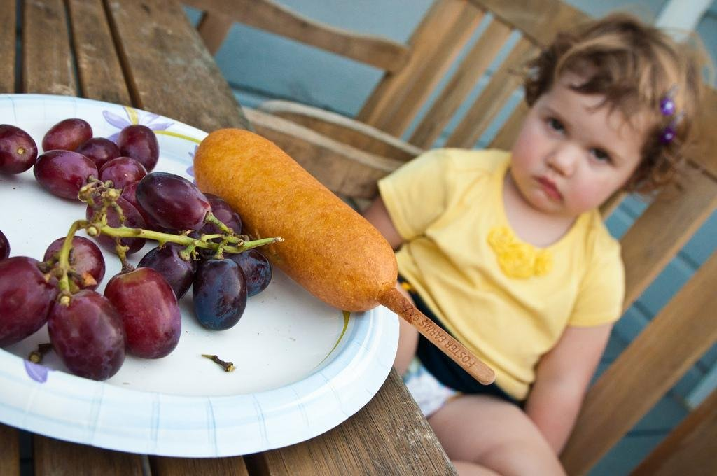 5 Reasons Children Don't Eat And 5 Ways To Make Them