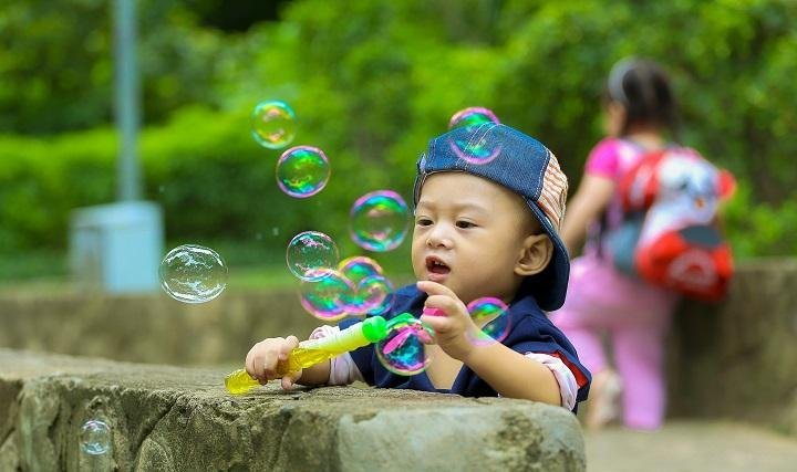 4 Amazing Outdoor Games for Toddlers