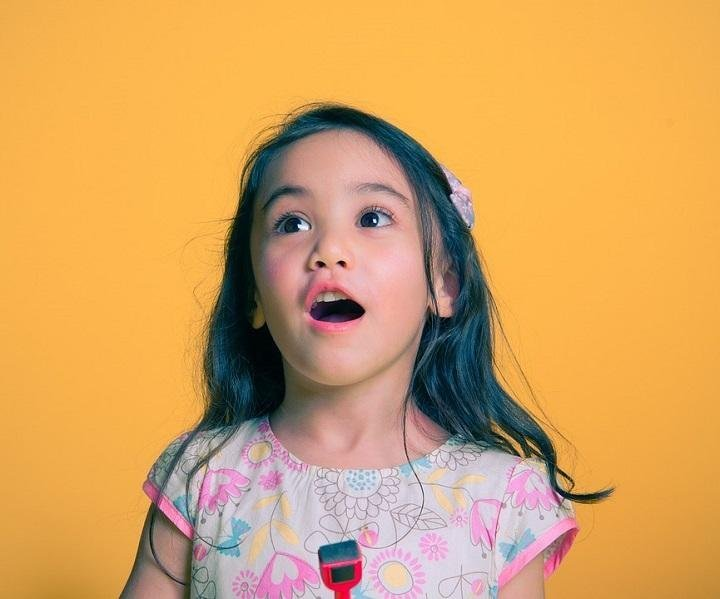 How to Teach Your Child Not to Interrupt Conversations