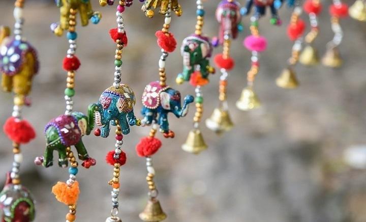 Amazing Activities to Introduce Children to Handicrafts