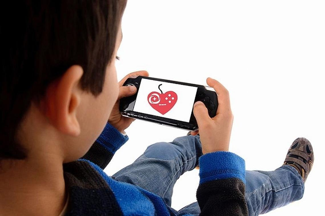 How to Protect Your Child From Inappropriate Online Content
