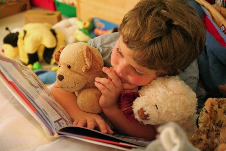 How to Teach Your Preschooler (3–5 years) to Read