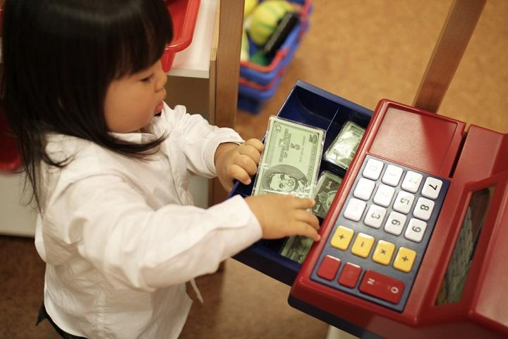 How to Spend/Save Money on Your Preschooler