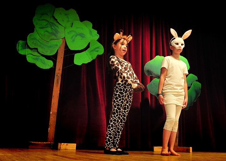 Drama for Kids: Teach Your Child to be a Theatre Artist