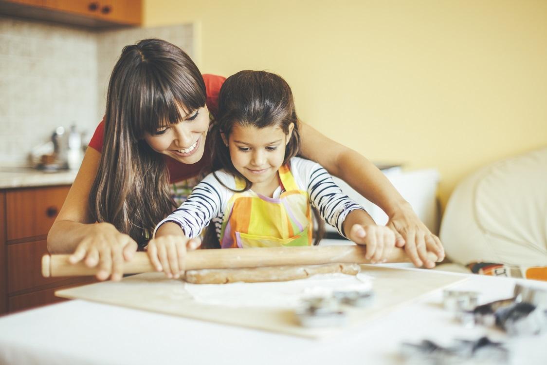 Five Benefits Of Cooking With Preschoolers
