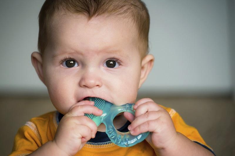 Teething in Babies: Signs and Symptoms