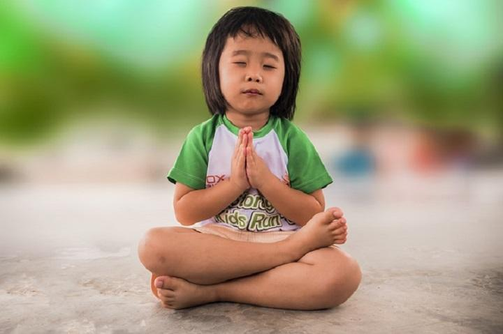How To Teach Your Kids To Pray And Meditate