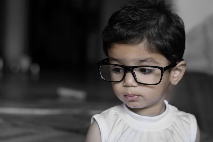 Tips To Choose The Best Glasses For Your Toddler