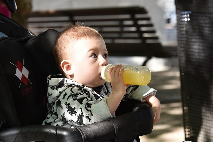Why Fruit Juice Is Bad For Your Baby