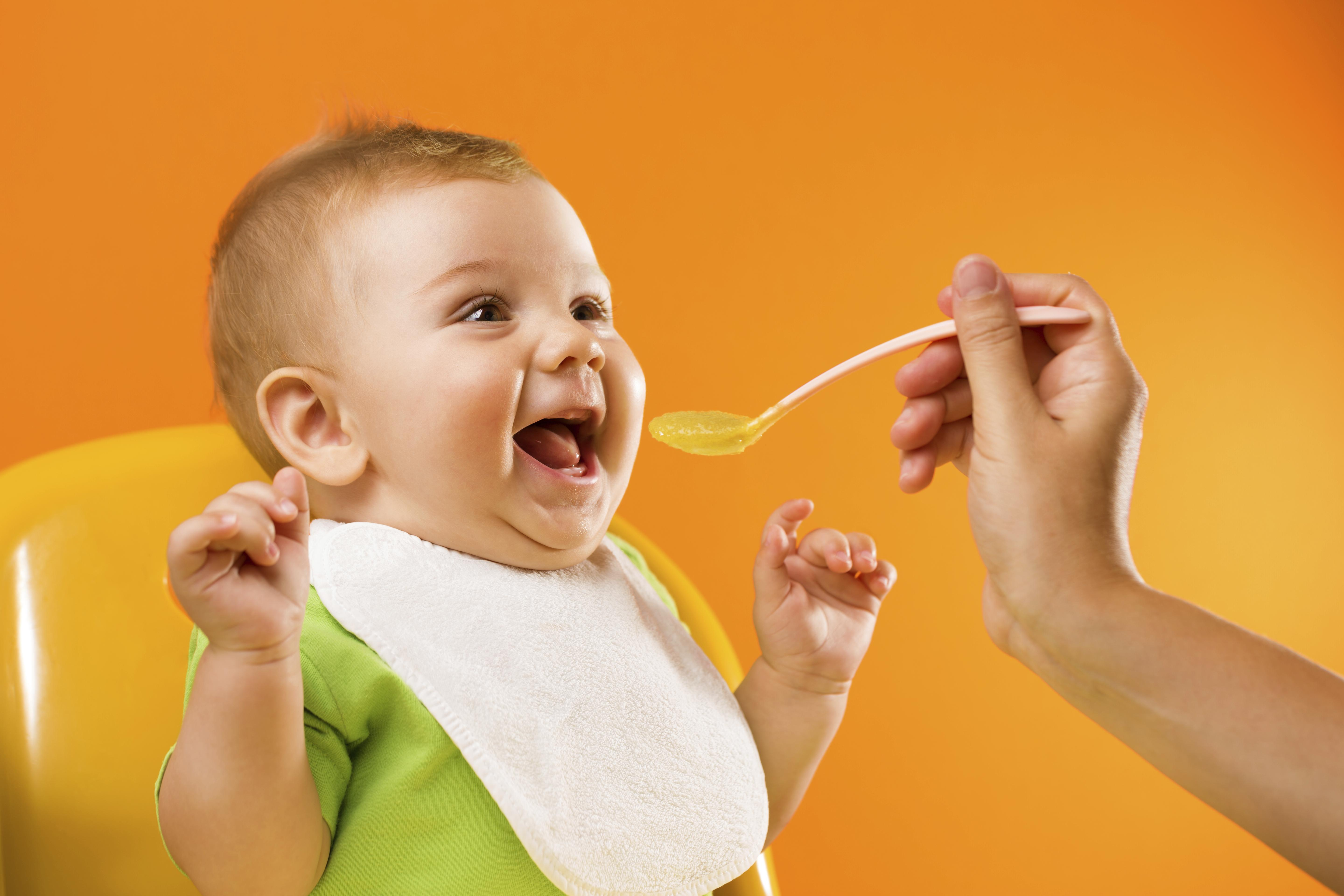 Knowing when to start your baby on solids