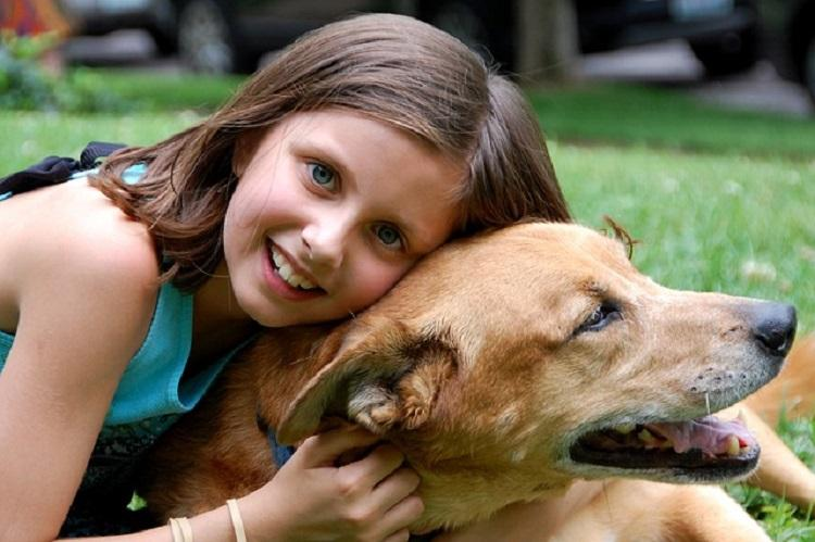 Top 5 Benefits of Children Growing Up With Pets