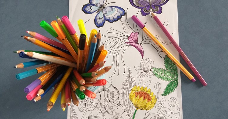 Adult Colouring Club