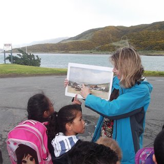 History Tour Rangikura - Following First Footprints School Programme