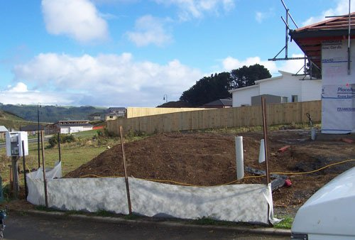 Silt and Sediment Control - Stockpiling Material on Sites - 17-stockpilingwithfence