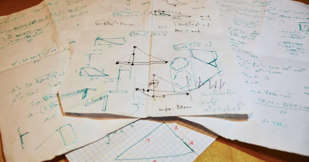 Netroufáte si na nějaké 3D modelování? Nevadí! Většinou bude stačit papír a tužka.