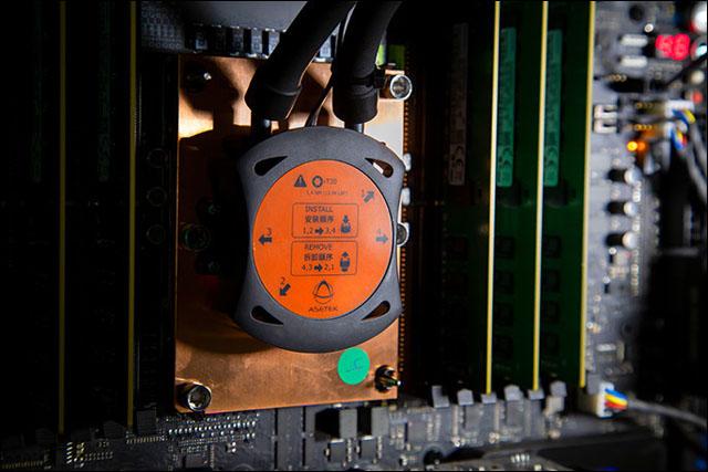 Intel Xeon W-3175X: 28jádro pro výkonné pracovní stanice za 3000 dolarů