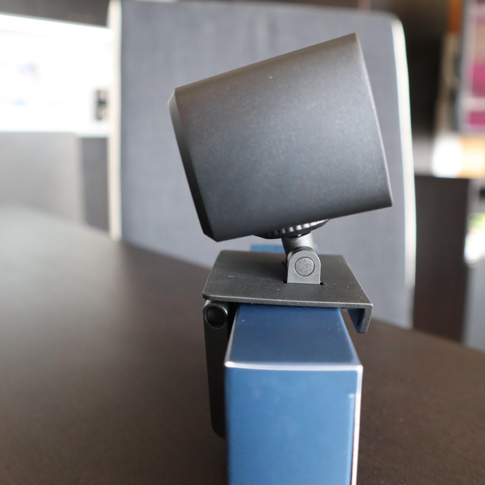 Krabička na USB taky dobře poslouží.
