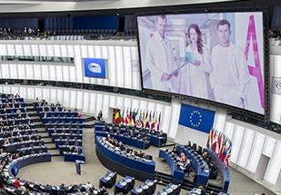 Žádné dobré zprávy: Povinné eurofilmy i nepřípustné soukromí