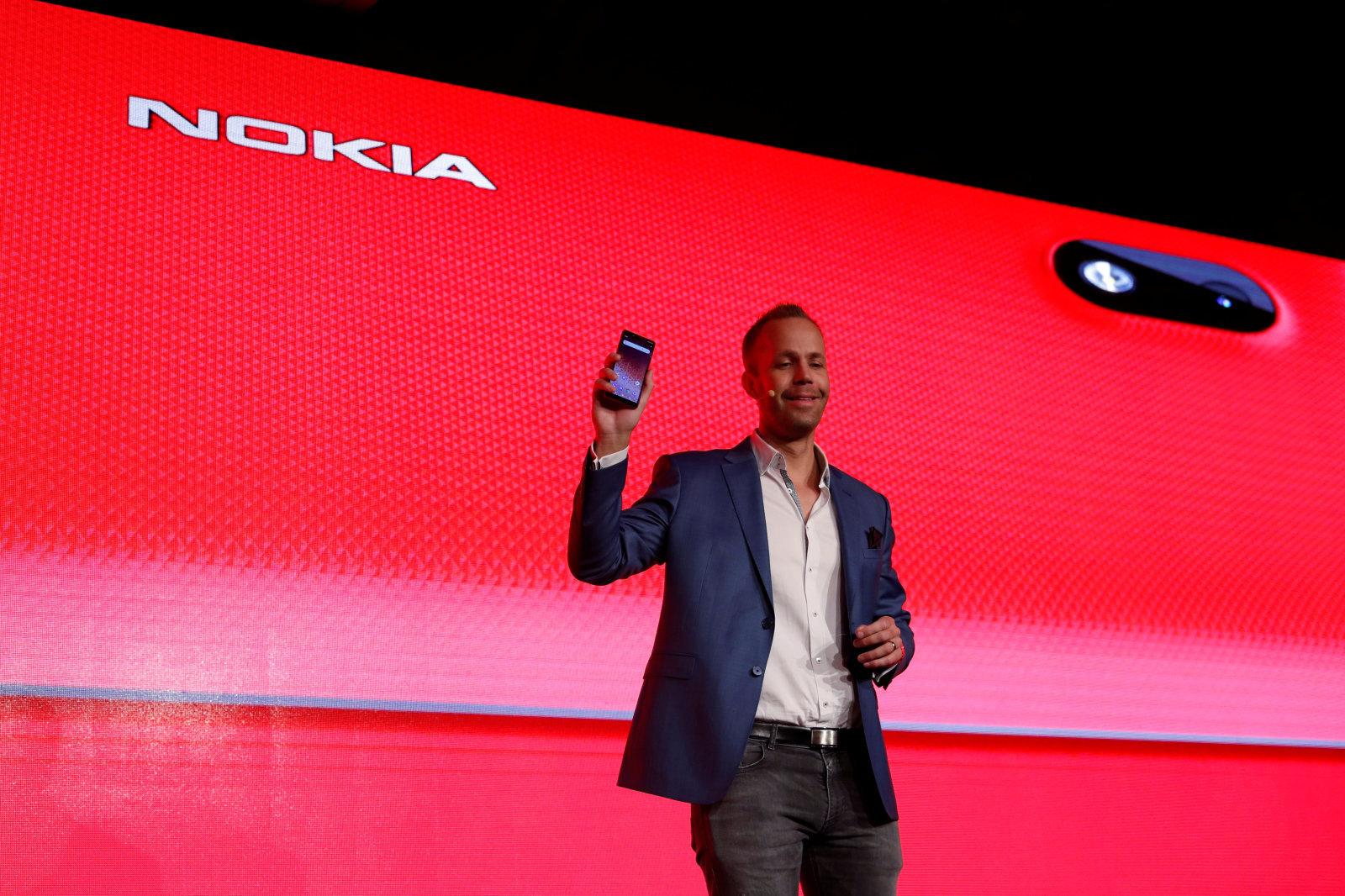 Smartphony Nokia posílaly nešifrovaná data do Číny
