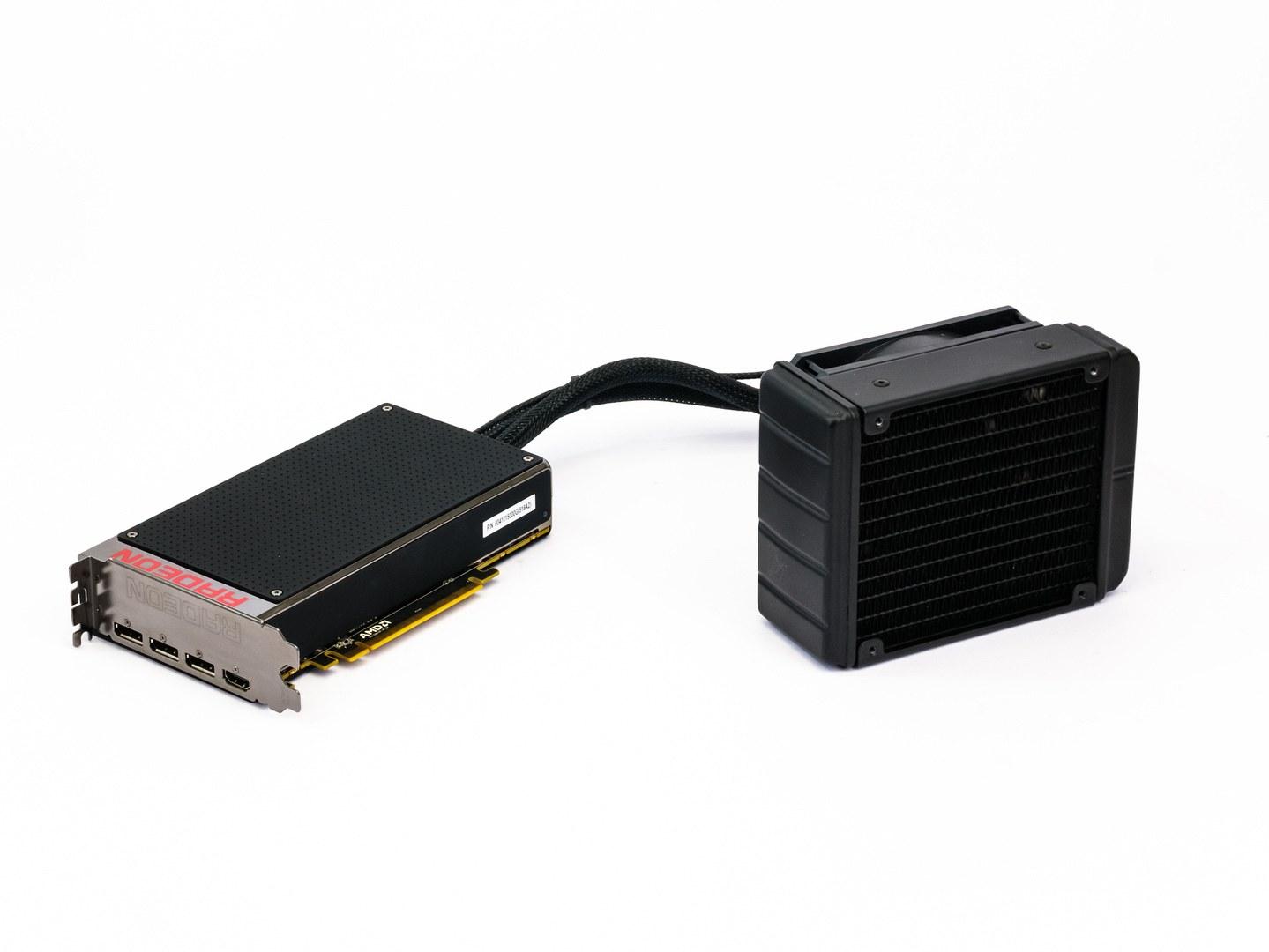 Test AMD Radeon R9 Fury X: Poprvé s HBM pro extrémní výkon