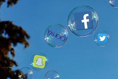 Nádherný lesk technologických bublin