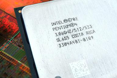 Test historických CPU 2001-2003: Když AMD válcovalo Intel