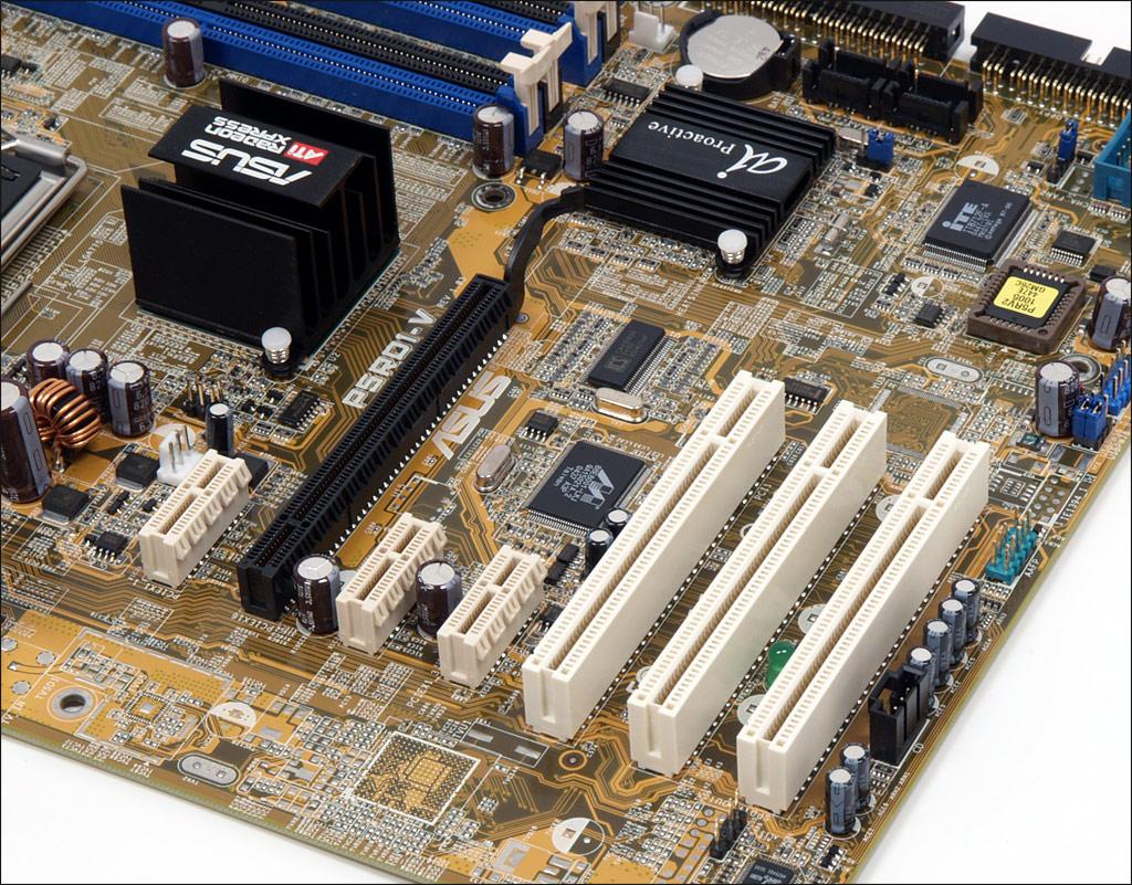 Asus P5RD1-V aneb základ s ATi Radeon Xpress 200 pro procesory Intelu (LGA775)