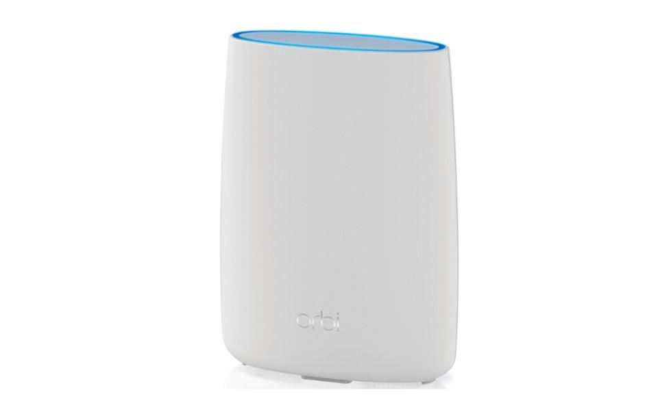 Netgear Orbi LBR20 je LTE modem s třípásmovou bezdrátovou mesh technologií