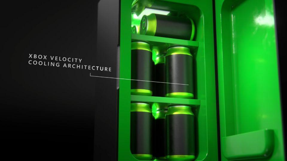 Microsoft představil Xbox mini ledničku, prodávat se začne na konci roku