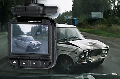 Test levných kamer do auta: jsou stále hračkami pro děti?
