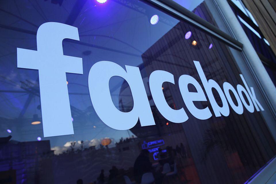 Facebook v USA dostal rekordní pokutu 5 miliard dolarů