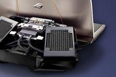 Preview ASUS GX700: Vyzkoušeli jsme notebook s vodníkem