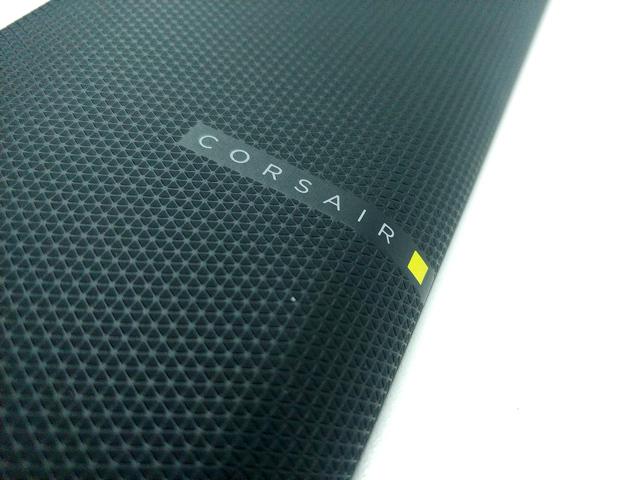Corsair K100 RGB: herní optická klávesnice?!