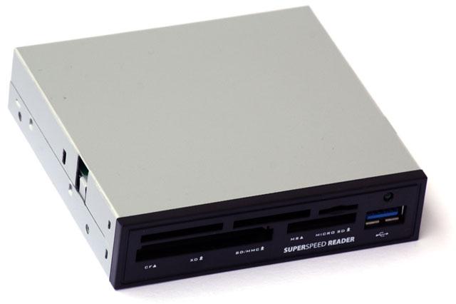 Osm rychlých USB 3.0 čteček – dražší modely propadly