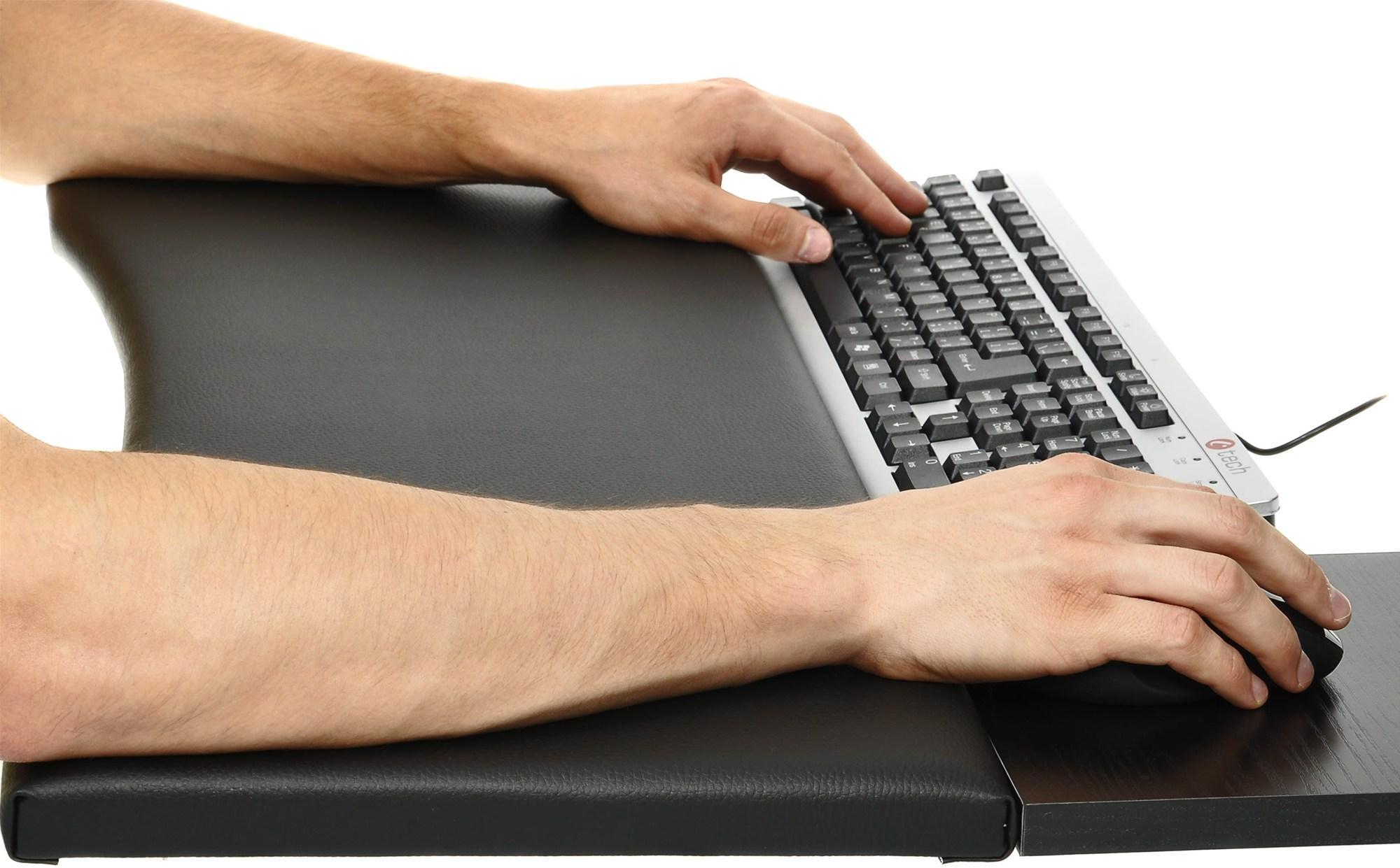 Test šesti podložek ke klávesnici: zápěstí se raduje