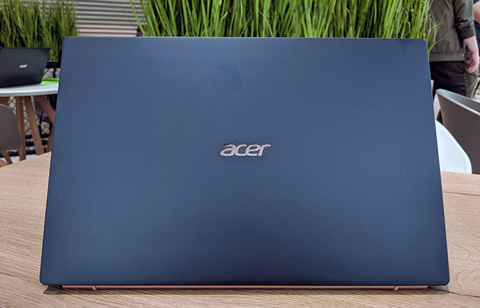 Acer Swift 5 je nejlehčí čtrnáctipalcový notebook