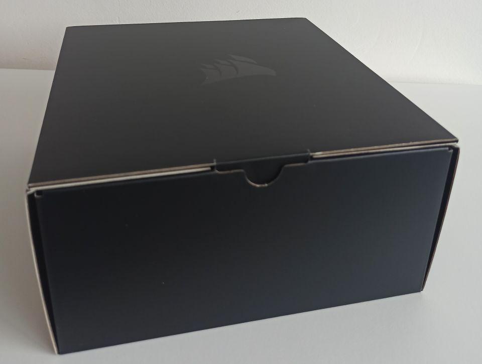 Corsair HS80 04