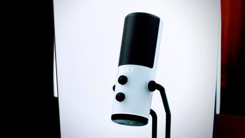 NZXT Capsule – nový herní mikrofon v testu
