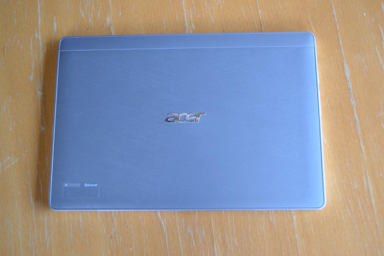 Acer Aspire Switch 10 a Lenovo Miix 2 10: s Win 8.1 pod 10 tisíc