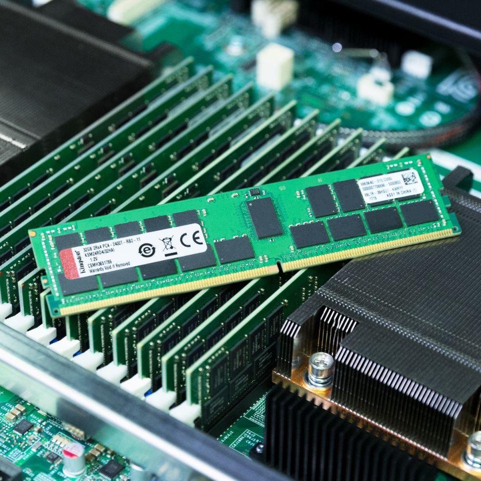 Kingston získal validaci pamětí Server Premier pro Intel Purley