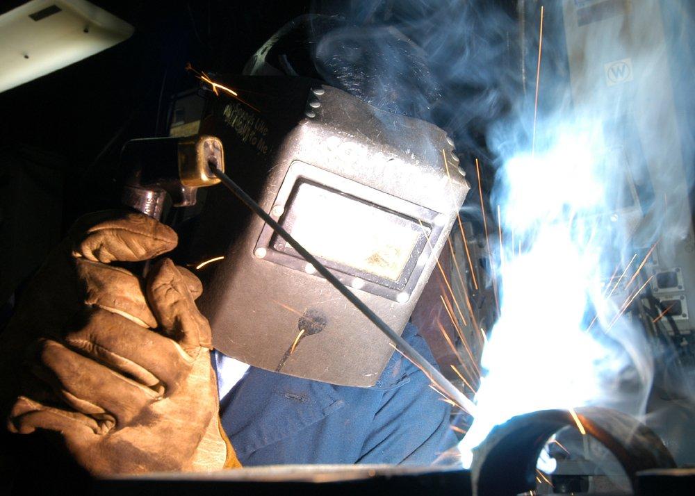 Svařování elektrickým obloukem.