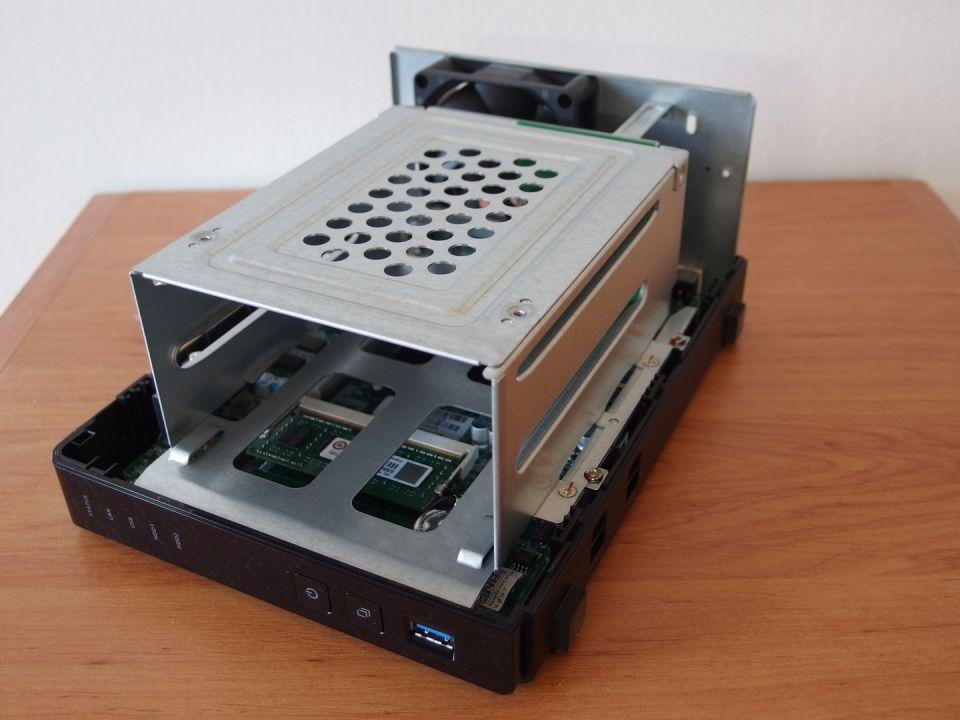QNAP TS-251+ v testu: pro domácnost či malou kancelář